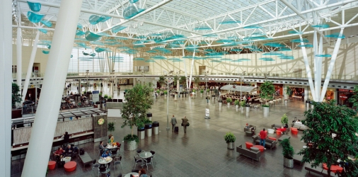 indy-airport-inside-restaurants